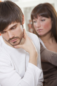 woman trying to get back with boyfriend after love
